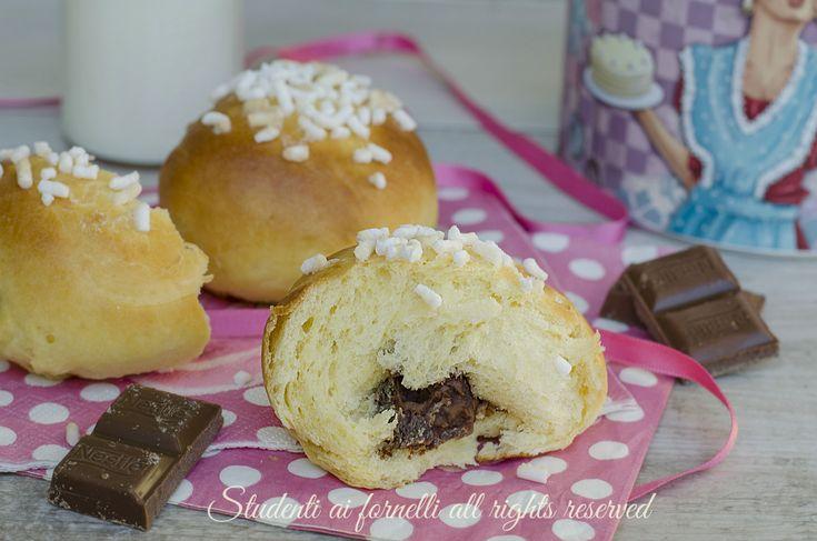brioche al latte condensato e cioccolato ricetta panini dolci ripieni al forno soffici e golosi