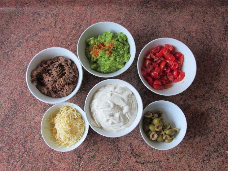 1 paquete de tofu silken 1 cucharadita de sal 1 cucharadita de azúcar o agave 1 cucharada de jugo de limón 1 cucharada de vinagre de arroz 3 cucharadas de aceite neutro o de oliva Procesamos todos…