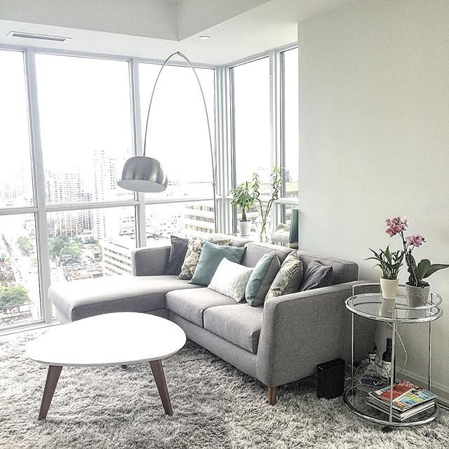 Condo Living Room Decorating Ideas: Best 25+ Condo Living Room Ideas On Pinterest