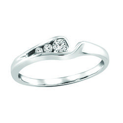 White Gold Three Stone Diamond Ring 10tw 04ct Canadian Fire And Ice