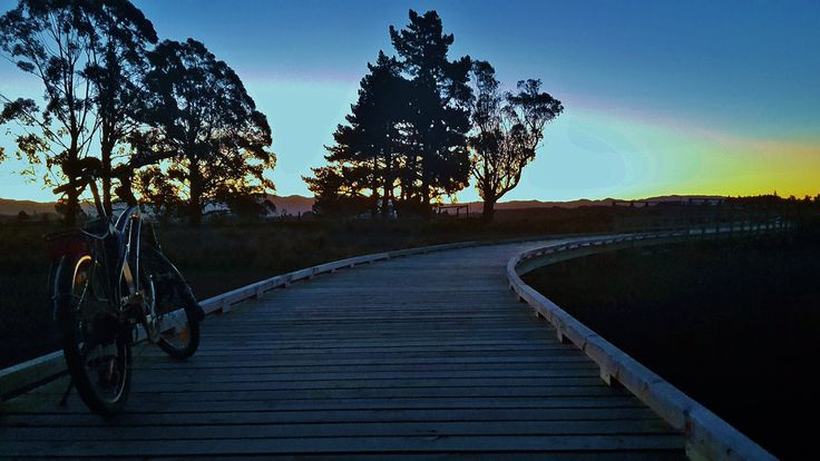 Dusk on the way to Mapua and The Gates Accommodation