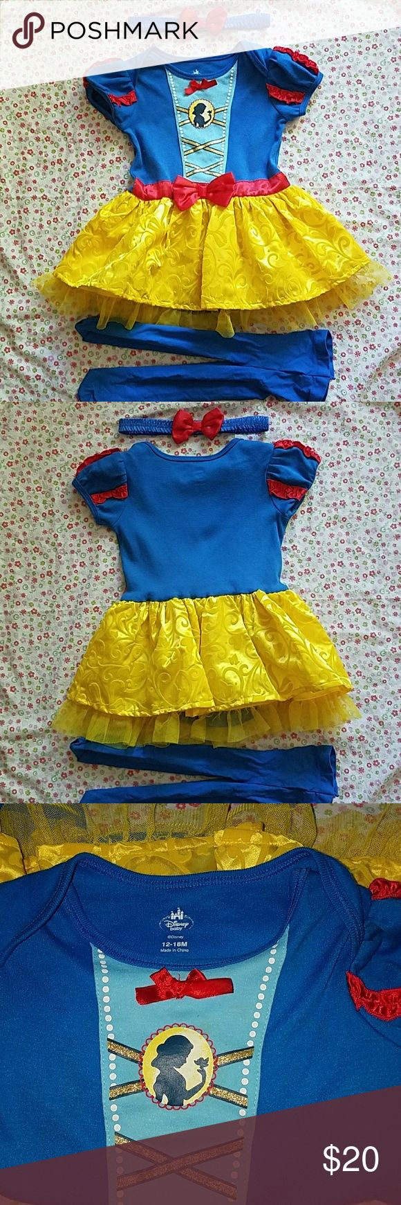 Disney Snow White Costume from Disney's Snow White for a toddler. Comes with tights and a head band. Head band is a little big. Button onesie under skirt, so can possibly my fit up to 24 months depending on the size of your baby/ toddler. Please ask questions! All included, I do discounts on bundles!! Reasonable offers welcome Disney Costumes