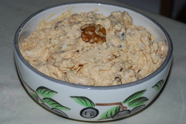 Roasted Garlic and Sun-Dried Tomato Spread