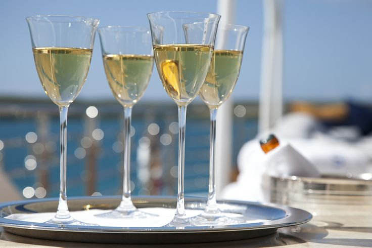 MY STARFIRE - Fine Dining aboard a #superyacht #travel #food #champagne