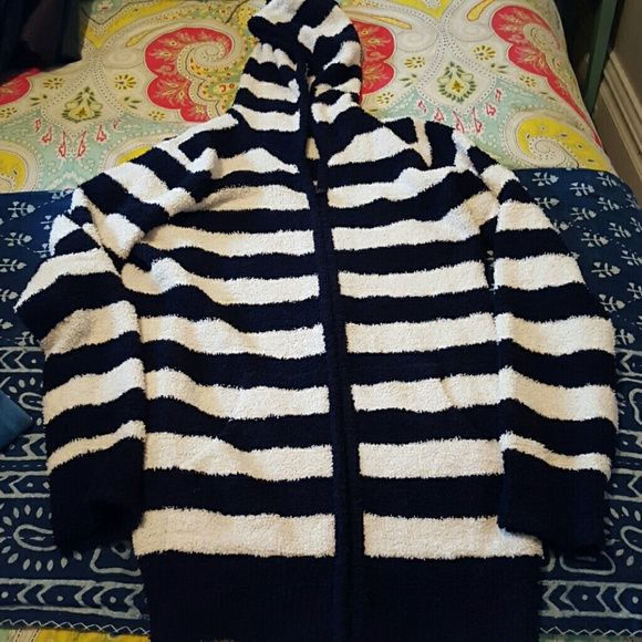 Uniqlo Jacket 100% polyester this is BY FAR THE softest zip up hoodie I've ever owned! Navy and cream striped with pockets at hips, size S, has only been worn a couple of times, like new condition UNIQLO Jackets & Coats
