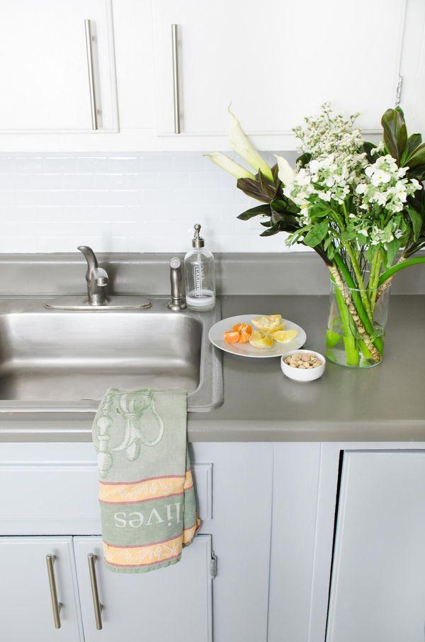 Rental Kitchen Makeover Ideas Part - 40: Inexpensive Rental Kitchen Makeover