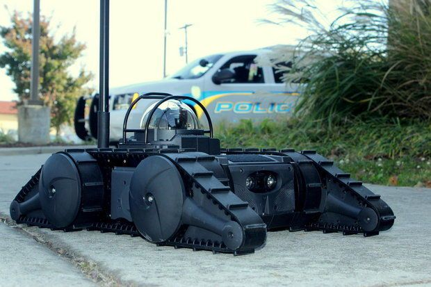 Athens Police Department gets new tactical robot thanks to grant from Firehouse Subs | The Athens Police Department has a new addition to its crime-fighting arsenal: a tactical security robot. [Future Robots: http://futuristicnews.com/category/future-robots/ DARPA: http://futuristicnews.com/tag/darpa/ Military Technologies: http://futuristicnews.com/tag/military/ Future Warfare: http://futuristicshop.com/category/future-wars/]
