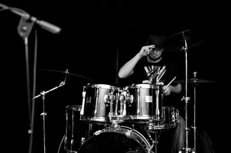 Salvator Elvis band drummer. Photo Magdalena Łobaczewska