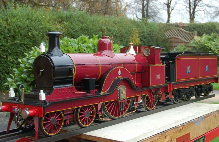"""Antique Steam picture of 5""""gauge Midland Single """"Princess of Wales"""" 4-2-2 New build."""