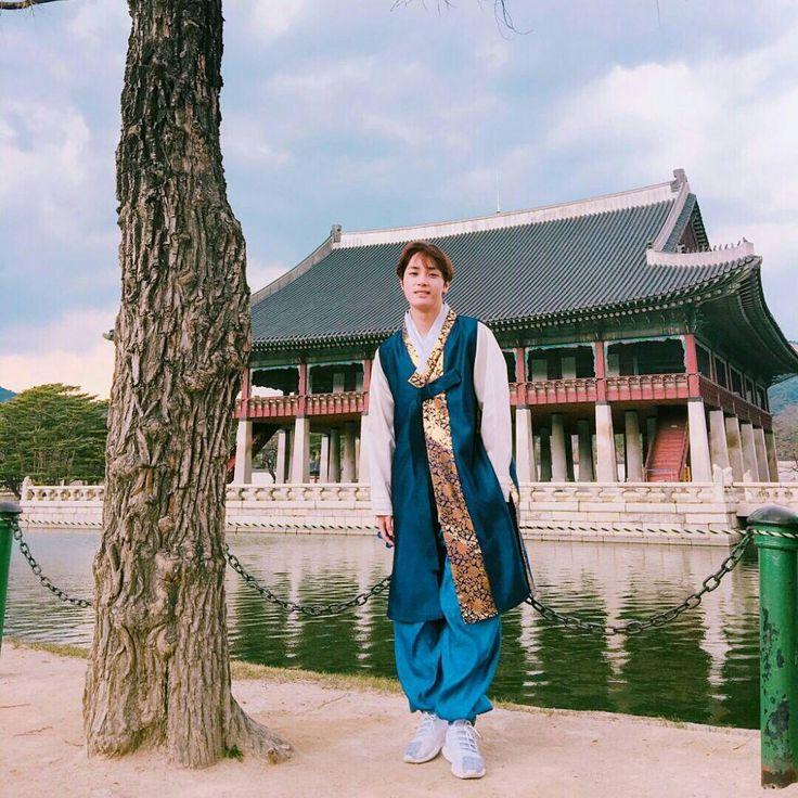 Joo Haknyeon (주학년)