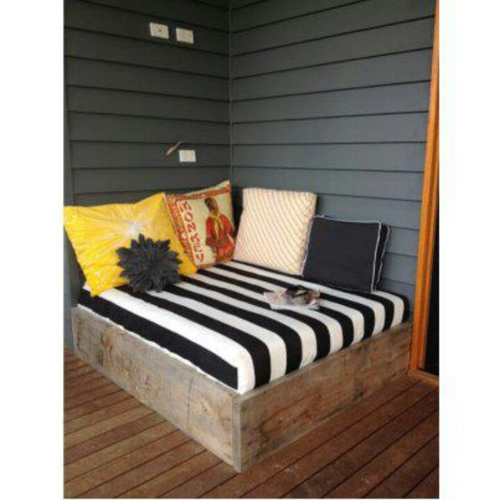 Patio bed - baby mattress sized