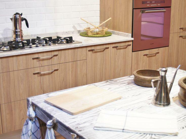 Una mesa o banco de trabajo es un complemento ideal al - Bancos de cocina ...