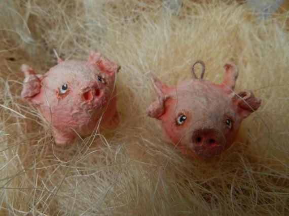 Flying pig pendant / Papiermache / Size 7  5 cm от Soulattic, $15.00