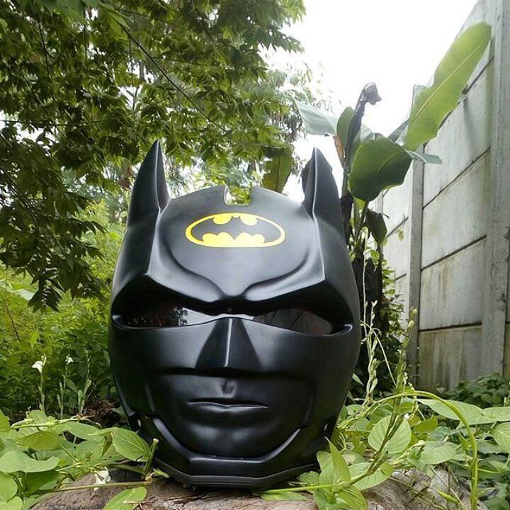 BATMAN MOTORCYCLE HELMET STYLE ( DOT APPROVED ) #Unbranded #BATMAN