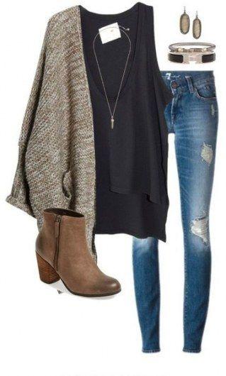 inversão de cores, calça preta, camisa bege e parka jeans.