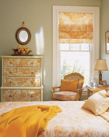 20 best toile images on pinterest for Bedroom bureau knobs