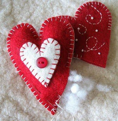 Valentine day heart: Heart Crafts, Felt Crafts, Heart Feltcraft, Cute Pet, Valentines Day, Felt Ornaments, Christmas Ornaments, Things Valentines, Felt Heart