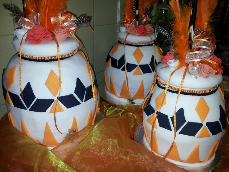 African Pot Wedding Cakes