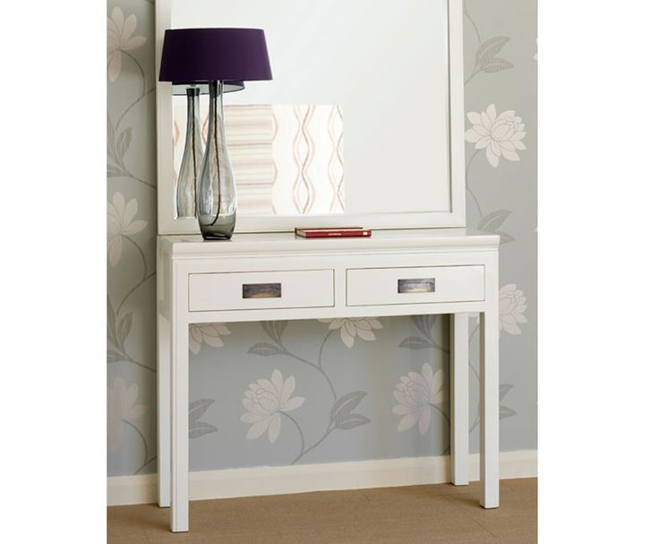 Astonishing Pin By Annora On The Sofa Interior White Console Table Uwap Interior Chair Design Uwaporg