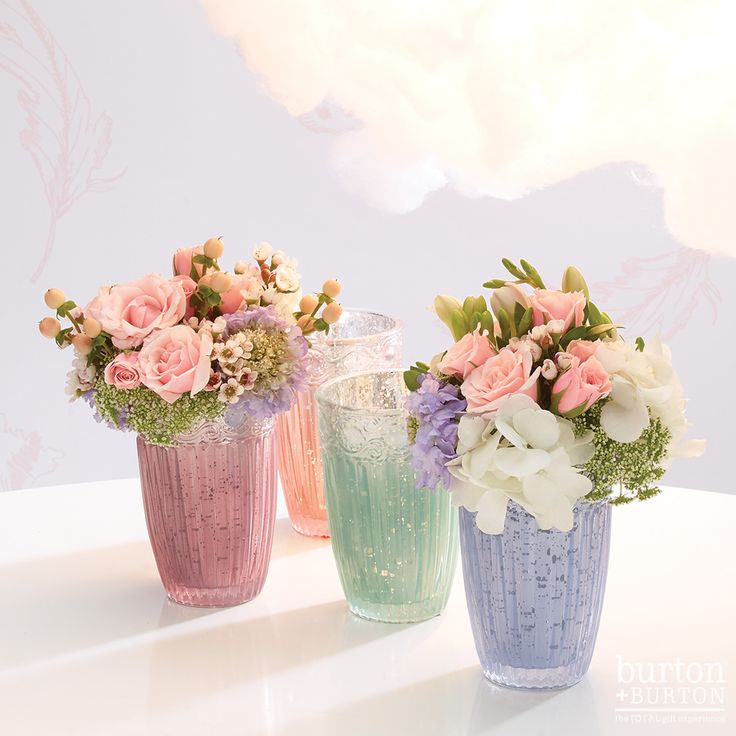 Celebrate Spring with whimsical accessories in soft day dream palettes. Pastels pair beautifully with metallics creating an updated look for 2017. #floraldesign #wedding #pastel #cloud #peony