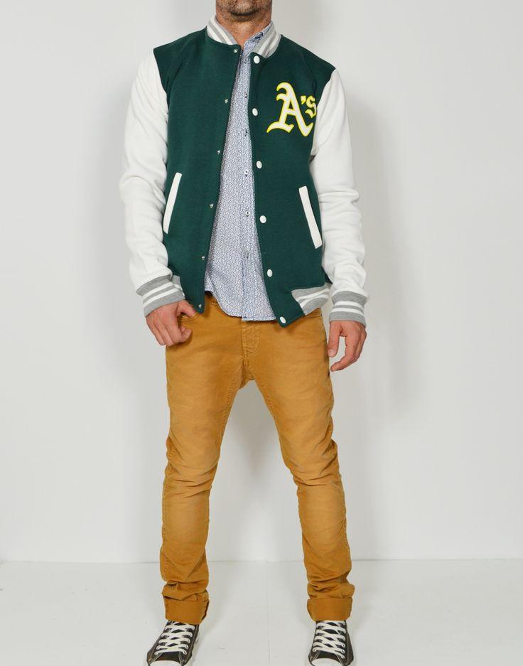 Las Beisboleras son perfectas para combinar con tus camisas oxford favoritas y tus pantalones pitillo de colores!! Descubre los modelos en www.tiendas13.com
