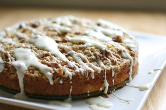 apple streusel cake with cream cheese glaze: Streusel Cake, Cake Final, Cream Chees Glaze, Apples Streusel, Eating Cake, Coffee Cake, Cream Cheese Glaze, Coffe Cake, Cream Cheeses