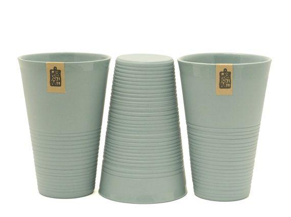 Minimalistic ripped porcelain mug, XL mug, large mug, contemporary ceramics, modern mug, gray porcelain mug, ceramic mug