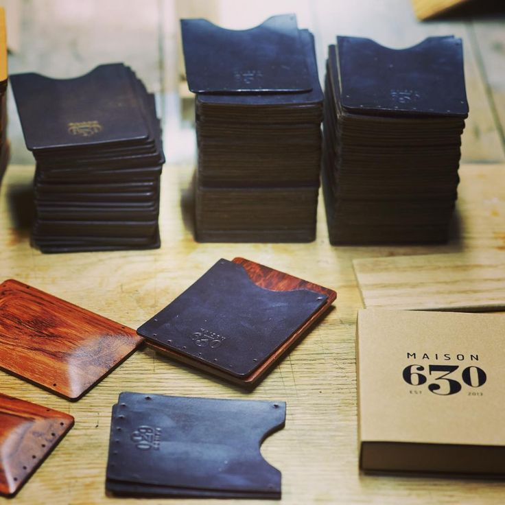 A Tuesday Dante here in the Maison 630 workshop. Getting another bubinga + burgundy leather batch ready! #maison630 #montreal #tuesday #essentials #mensstyle #style #dapper #menswear #wallet #cardholder #horween #leather