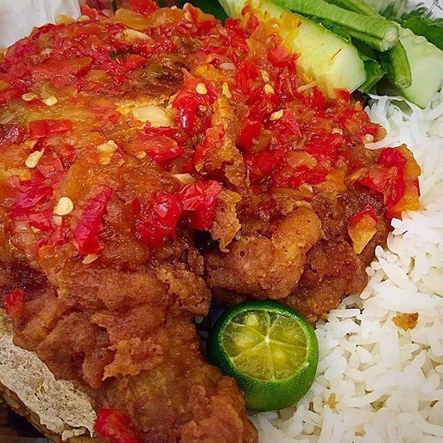 Resepi Sedap On Instagram Nak Lagi Resepi Follow Je Bawangchannel Ayam Geprek Bahan Perap Ayam 4 Bahagian Whole Leg Ayam 3 Ulas Bawang Putih Cincang 1 S