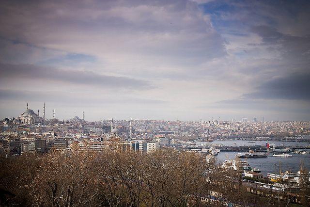Vergangene Woche war ich mit meinem Freund im wunderschönen Istanbul! Wir haben uns relativ spontan entschieden, als wir zufällig ein günstige Pauschalreise für 5 Tage über MediWelt gesehen haben.