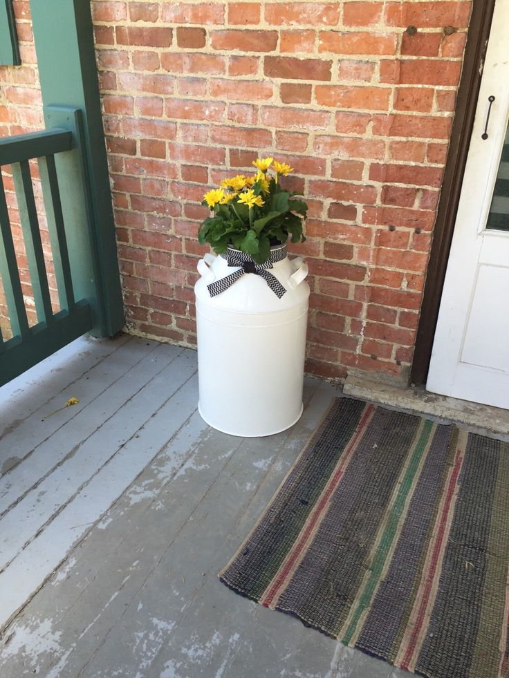 Rustic front porch, front porch decor, outdoor decor, farmhouse front porch by countrycornergoods on Etsy https://www.etsy.com/listing/291089609/rustic-front-porch-front-porch-decor