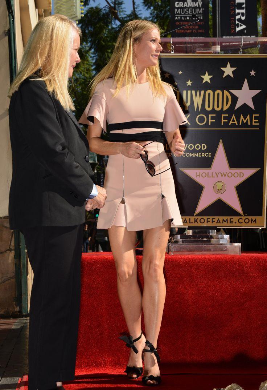 Gwyneth-Paltrow-Feet-2021943.jpg (3602×5254)