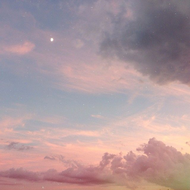 tarynbliss: Beautiful clouds after a nice shower. ☁️