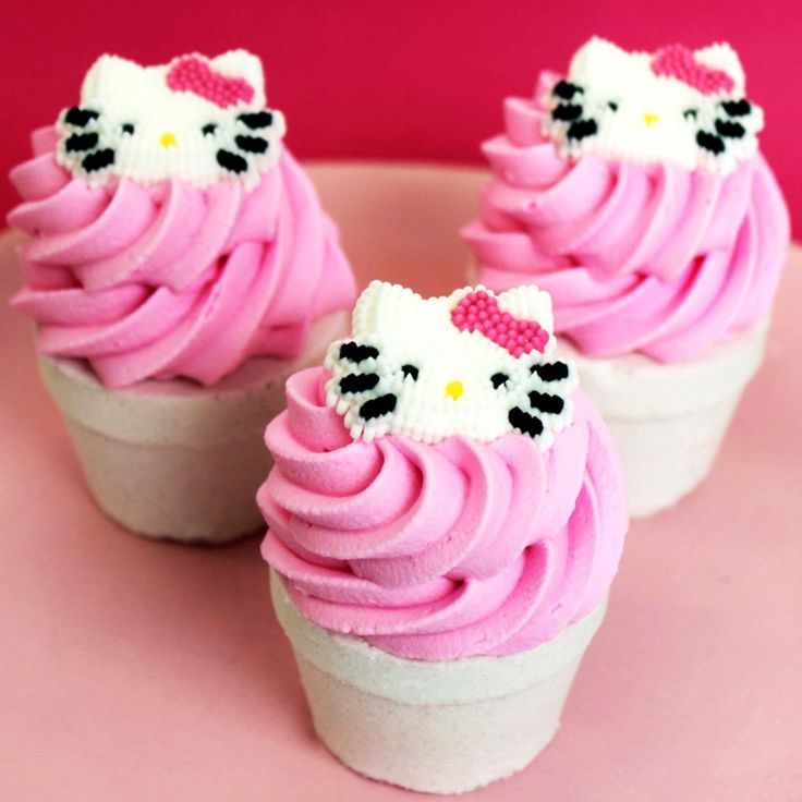 These mouth watering bath bombs are made from moisturizing ingredients with a delicious scent of cherry. While the bottom is fizzing in the tub, the top will slowly dissolve and can be used as a sugar scrub to release its sugary goodness. #hellokitty #anime #japan #kawaii #cute #merchandise
