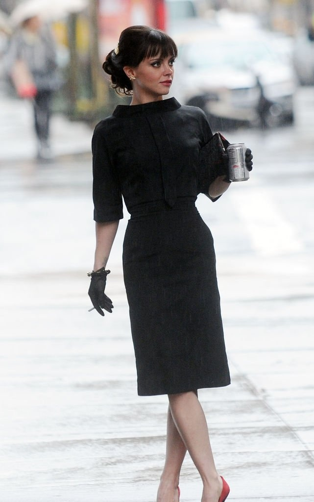 Perfect outfit from Pan Am TV show. -Love the shape