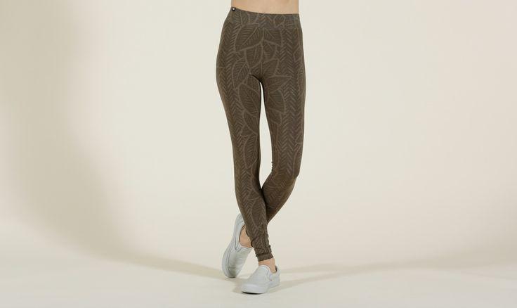 tentree Women's Pants - Cocoa Bungee Cord, Black   XS, S, M, L, XL   Official Online Shop   womens pants   tentree - official online shop