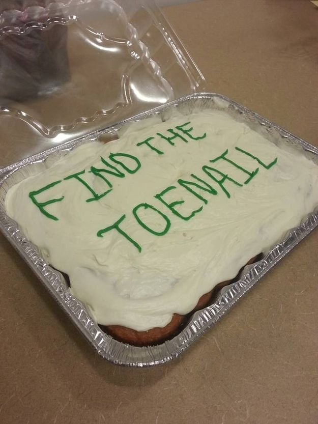 The monster who made this cake: | 23 People Who Shouldn't Be Allowed Near Food