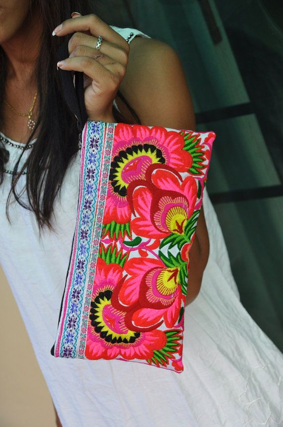 PINK GARDEN - HMONG Embroidered Bag - Handmade Thailand