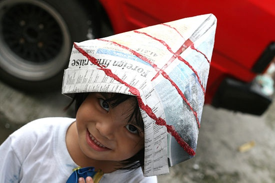 How to Make a Paper Hat: 13 steps (with pictures) - wikiHow