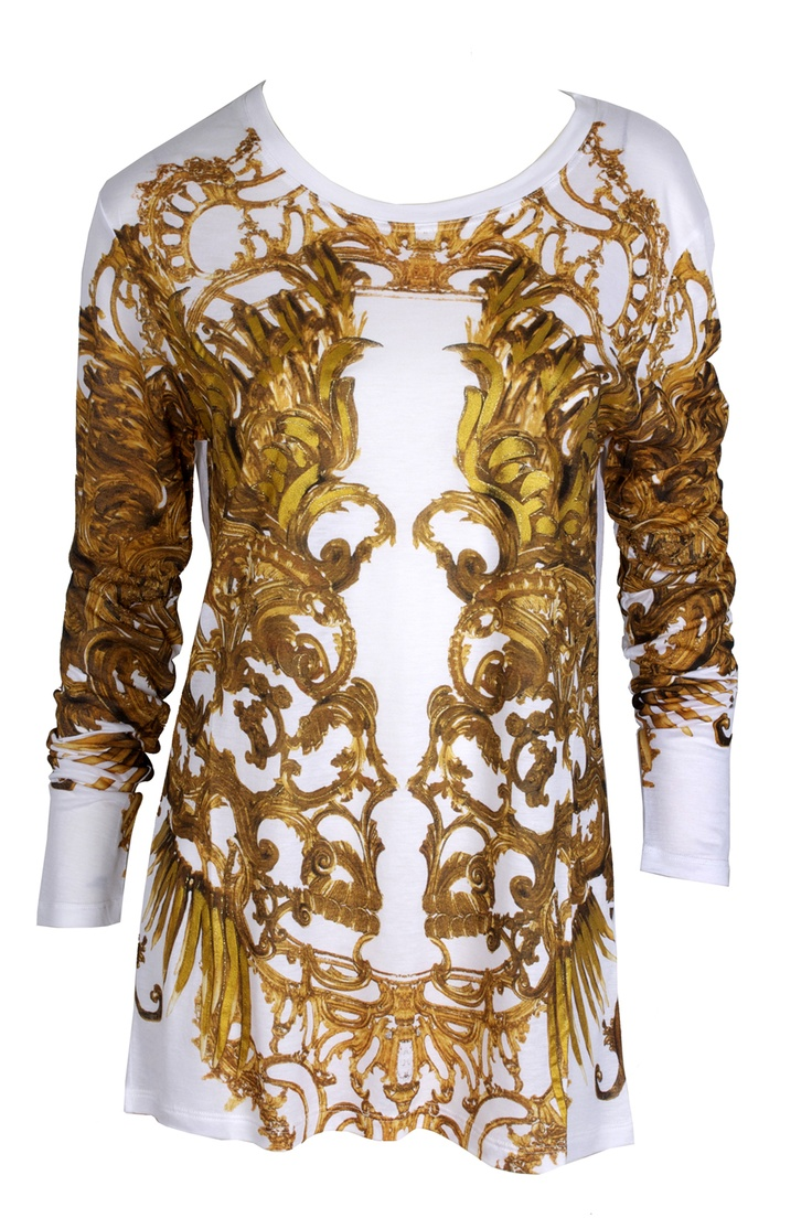 Item of the day : a fabulous Golden touch with this t-shirt by Just Cavalli #GoldenTouch  #JustCavalli #GBModa #MarinaMall