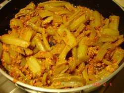 Arriva l'autunno? La ricetta dei Gobbi, i cardi in umido... #TuscanyAgriturismoGiratola