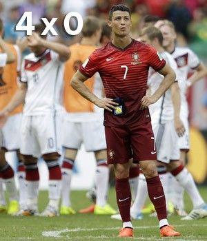 Müller marca 3 e ofusca Cristiano Ronaldo em goleada da Alemanha (Natacha Pisarenko/AP)