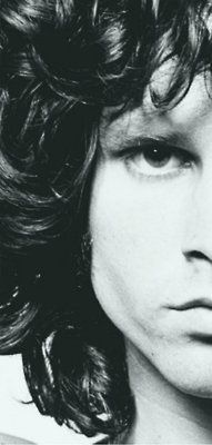 Jim Morrison em 1967, fotografado por Joel Brodsky.
