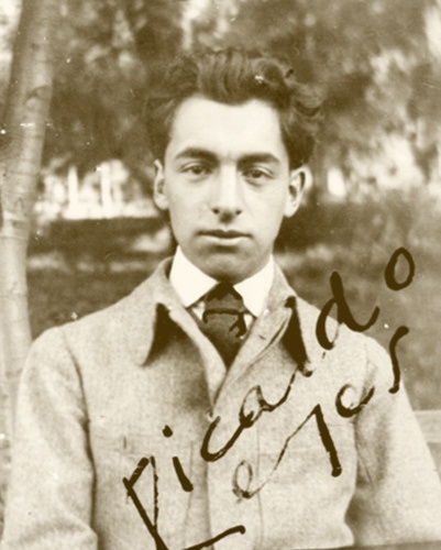 Pablo Neruda (Neftali Ricardo Reyes Basoalto)
