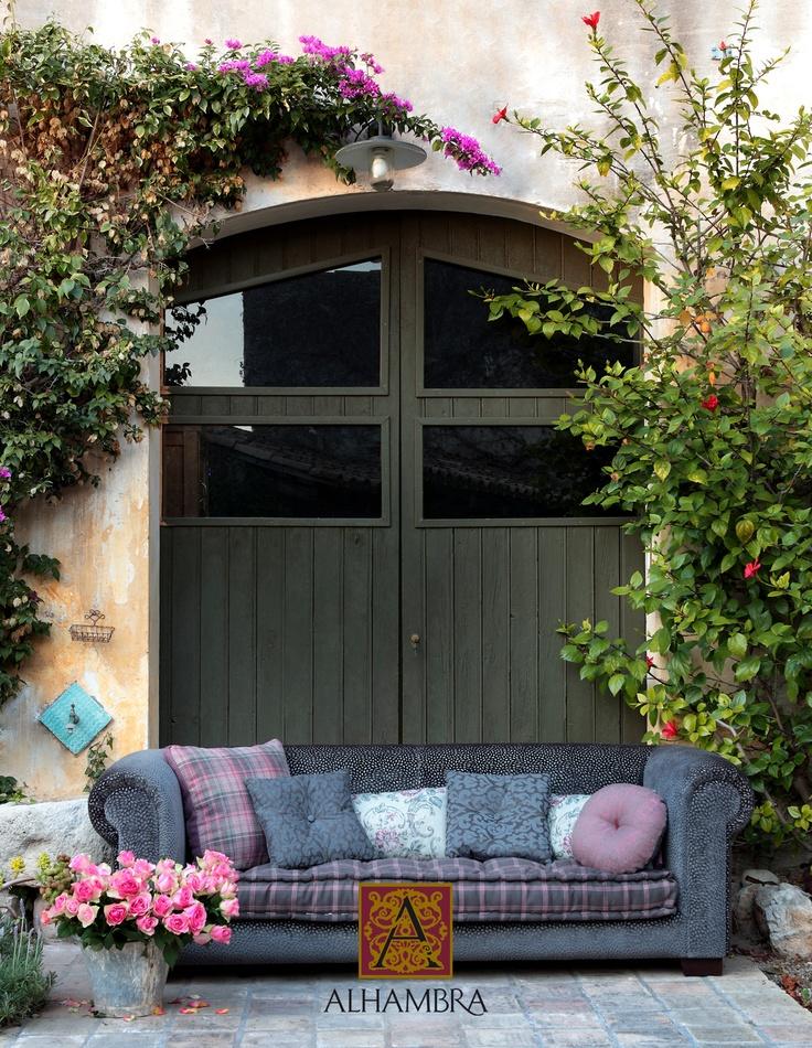 #Alhambra #Sacha #fabrics #design #sofa #cushions http://www.mkstudio.waw.pl/oferta/dekoracje/