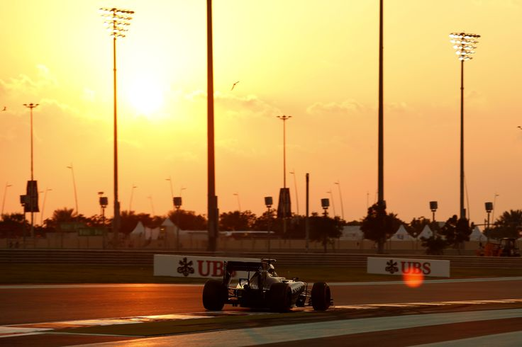 What's more beautiful, the F1 car or the sunset? It's a hard decision