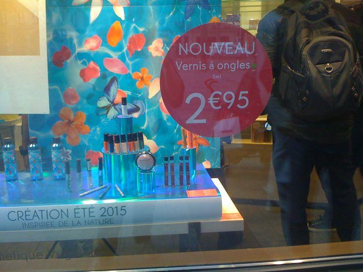 Le vernis à ongles Yves RocherFR - création été 2015 - 5 ml - 2,95 €.