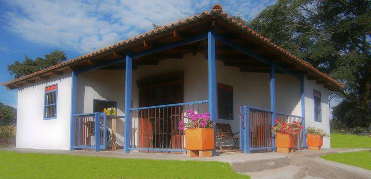 Una linda casita en la zona cafetera de Colombia que nos hec…