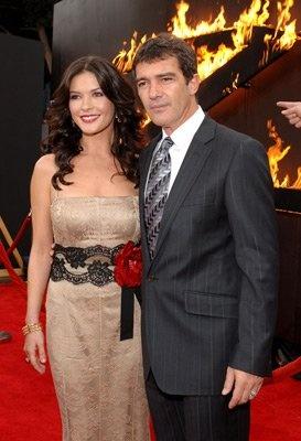 Antonio Banderas and Catherine Zeta-Jones at event of The Legend of Zorro