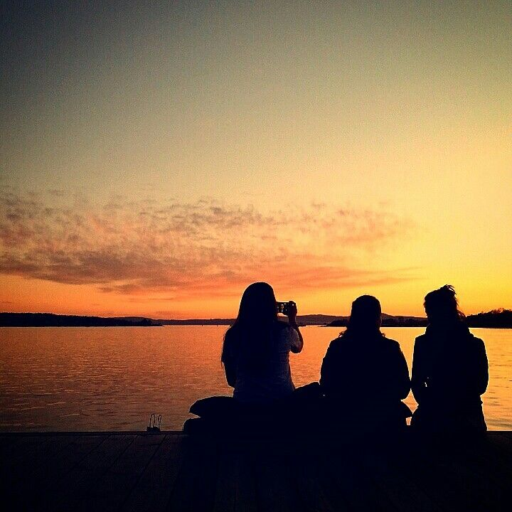 Friends Sunset Oslo